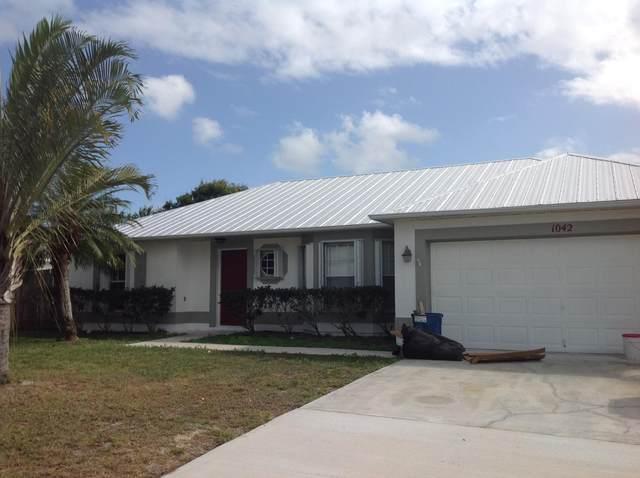 1042 SW Bellevue Avenue, Port Saint Lucie, FL 34953 (#RX-10609323) :: Ryan Jennings Group