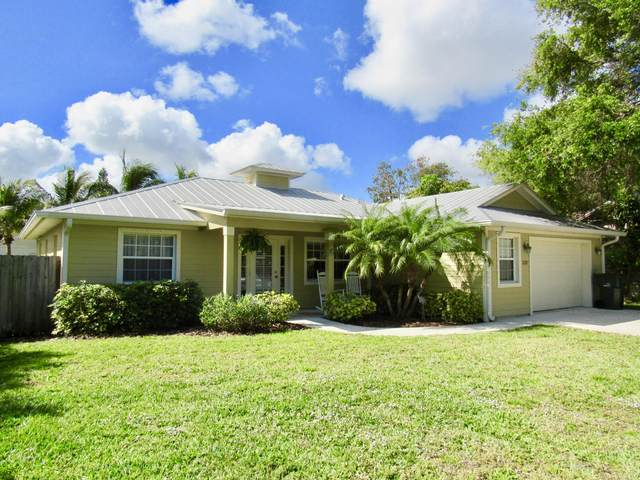 228 SE Lonita Street, Stuart, FL 34994 (#RX-10609384) :: Ryan Jennings Group
