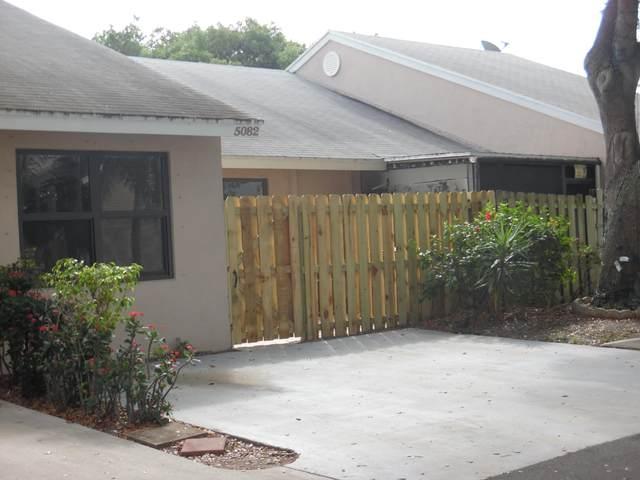 5082 Glencove Lane, West Palm Beach, FL 33415 (#RX-10609442) :: Ryan Jennings Group