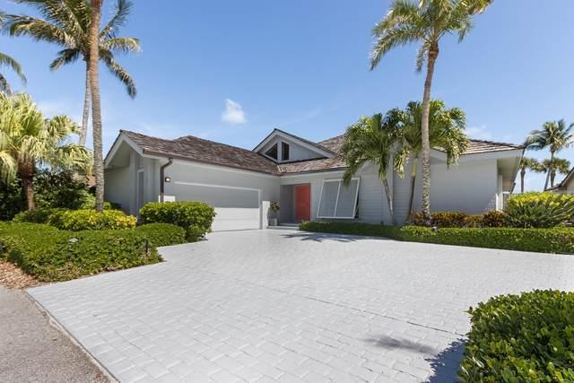 6933 SE Harbor Circle, Stuart, FL 34996 (#RX-10609485) :: Ryan Jennings Group