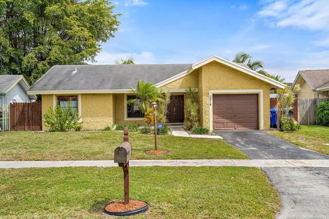 1214 SW 82nd Avenue N, North Lauderdale, FL 33068 (#RX-10609910) :: Ryan Jennings Group