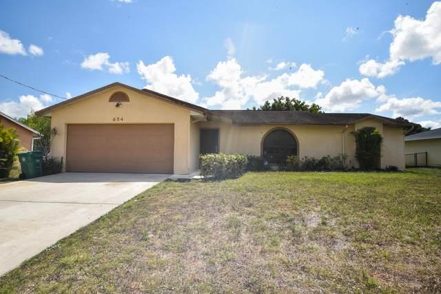 654 SW Pueblo Terrace SW, Port Saint Lucie, FL 34953 (MLS #RX-10610407) :: Berkshire Hathaway HomeServices EWM Realty