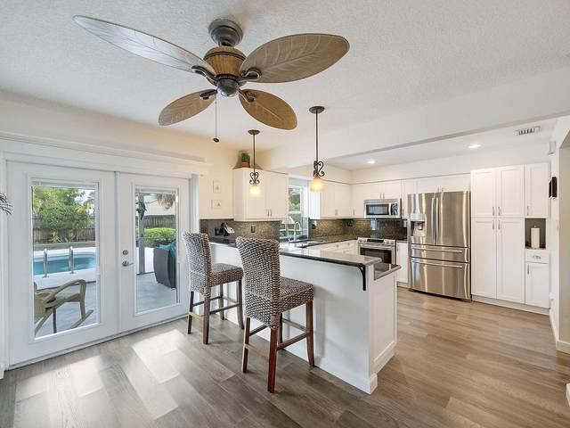 101 Meadowlark Drive, Royal Palm Beach, FL 33411 (#RX-10610684) :: Ryan Jennings Group