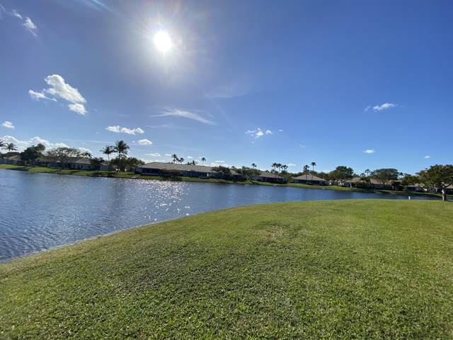 4 Columbia Court, Deerfield Beach, FL 33442 (#RX-10610839) :: Ryan Jennings Group