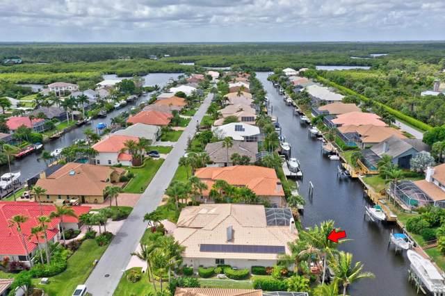 8809 SE Water Oak Place, Tequesta, FL 33469 (MLS #RX-10611463) :: Laurie Finkelstein Reader Team