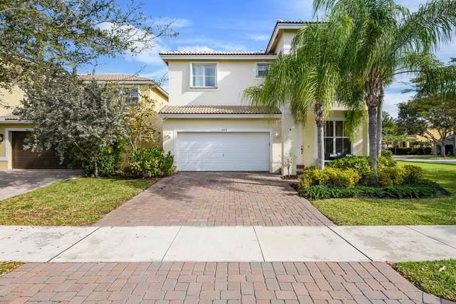 4273 S Magnolia Circle, Delray Beach, FL 33445 (#RX-10611464) :: Ryan Jennings Group