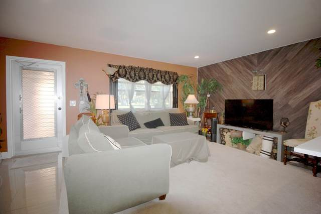 71 Valencia C, Delray Beach, FL 33446 (#RX-10611899) :: Ryan Jennings Group