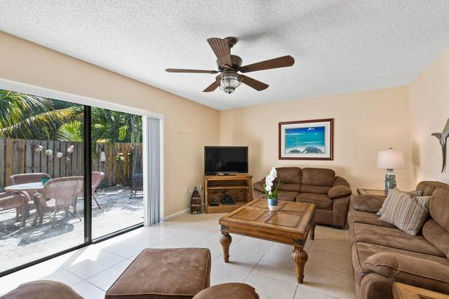 5726 SE Windsong Lane, Stuart, FL 34997 (#RX-10611920) :: Ryan Jennings Group
