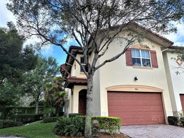 132 W Prive Circle, Delray Beach, FL 33445 (#RX-10611993) :: Ryan Jennings Group