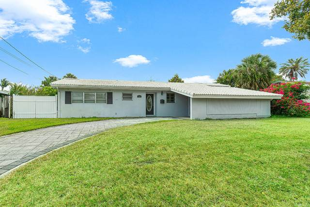 736 Lighthouse Drive, North Palm Beach, FL 33408 (#RX-10612123) :: The Rizzuto Woodman Team