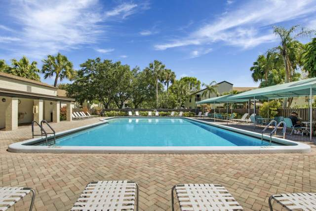 3737 Cocoplum Circle #3557, Coconut Creek, FL 33063 (#RX-10612148) :: Ryan Jennings Group