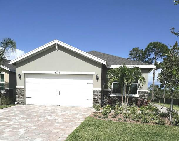 5753 SE Pinehurst Trail, Hobe Sound, FL 33455 (#RX-10612360) :: The Rizzuto Woodman Team