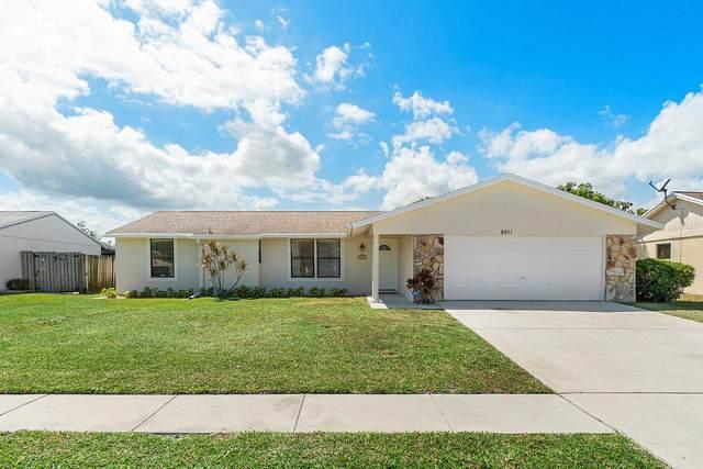 8411 Theresa Road, Boynton Beach, FL 33472 (#RX-10612537) :: Ryan Jennings Group