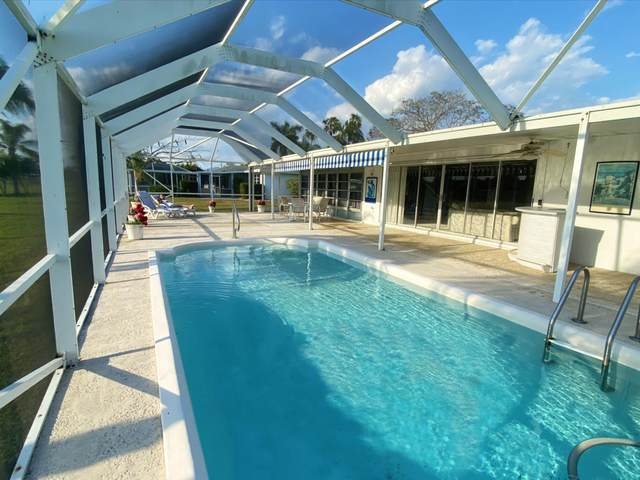 3096 SE Overbrook Drive, Port Saint Lucie, FL 34952 (#RX-10612676) :: Ryan Jennings Group