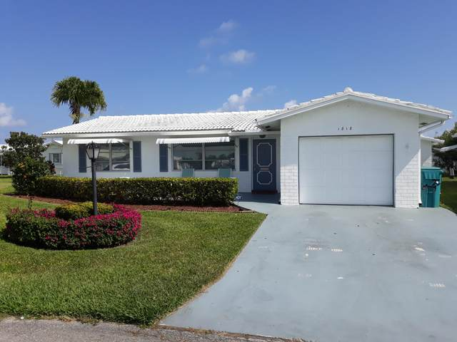 1818 SW 17th Street, Boynton Beach, FL 33426 (#RX-10612962) :: The Rizzuto Woodman Team