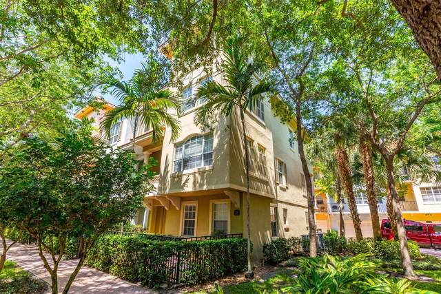 2720 Ravella Way, Palm Beach Gardens, FL 33410 (#RX-10612993) :: The Rizzuto Woodman Team