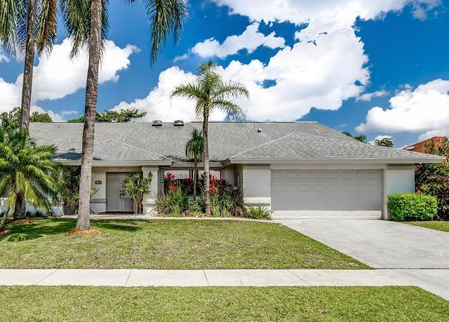 13707 Barberry Drive, Wellington, FL 33414 (#RX-10613085) :: Ryan Jennings Group