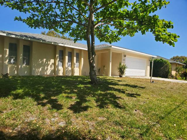 2233 SE Mariola Avenue, Port Saint Lucie, FL 34952 (#RX-10613235) :: Ryan Jennings Group