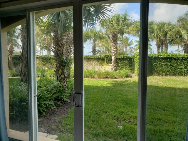 35 Harbour Isle Drive W #104, Fort Pierce, FL 34949 (#RX-10613446) :: The Reynolds Team/ONE Sotheby's International Realty