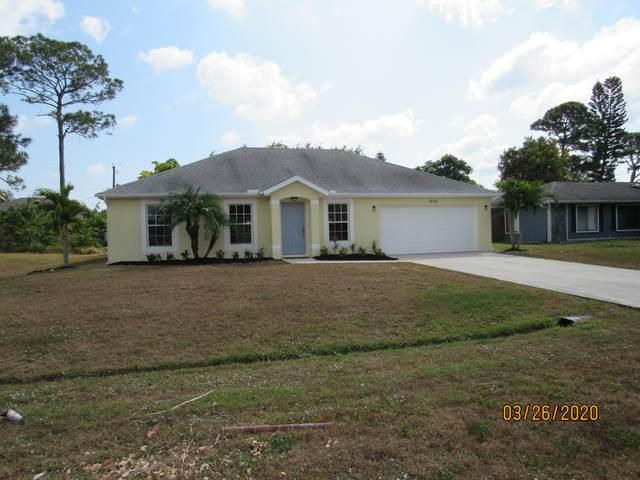 1333 SE Sandia Drive, Port Saint Lucie, FL 34983 (#RX-10613633) :: Realty100