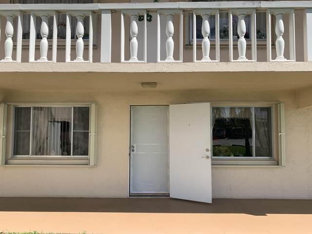 400 Village Green Circle W #112, Palm Springs, FL 33461 (#RX-10613657) :: Ryan Jennings Group