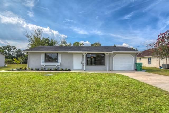 2266 SE Grand Drive, Port Saint Lucie, FL 34952 (#RX-10613712) :: Ryan Jennings Group
