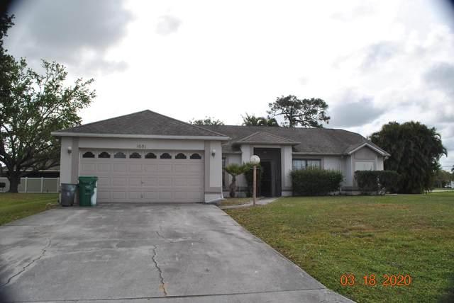 1681 SE Pleasantview Street, Port Saint Lucie, FL 34983 (#RX-10613834) :: Ryan Jennings Group