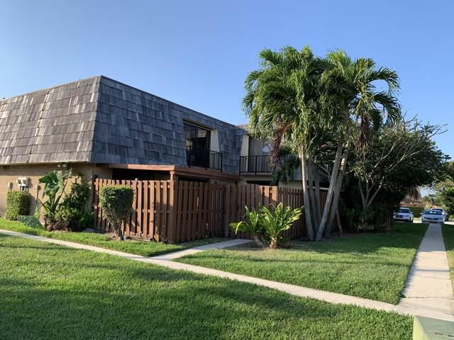 984 Springdale Circle, Palm Springs, FL 33461 (#RX-10613843) :: Ryan Jennings Group