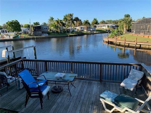 131 SE Paradise Place, Stuart, FL 34997 (MLS #RX-10614089) :: Laurie Finkelstein Reader Team