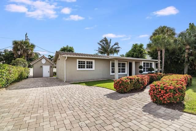 2064 N Suzanne Circle, North Palm Beach, FL 33408 (#RX-10614256) :: Ryan Jennings Group