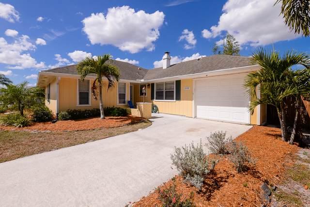 1990 SE Cheltenham Street, Port Saint Lucie, FL 34983 (#RX-10614367) :: Ryan Jennings Group