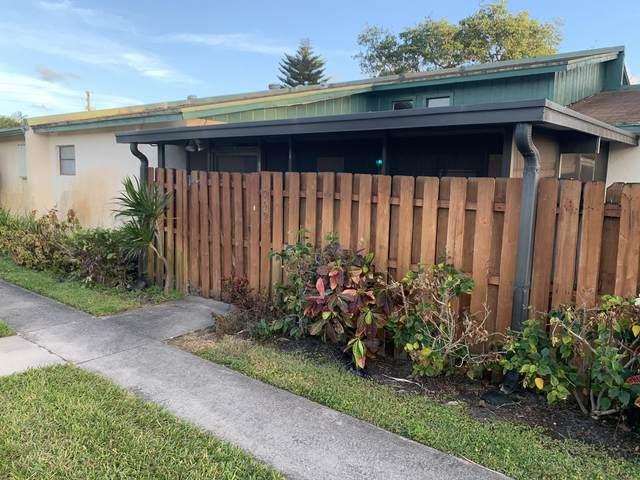 1069 Manor Dr, Palm Springs, FL 33461 (#RX-10614408) :: Ryan Jennings Group