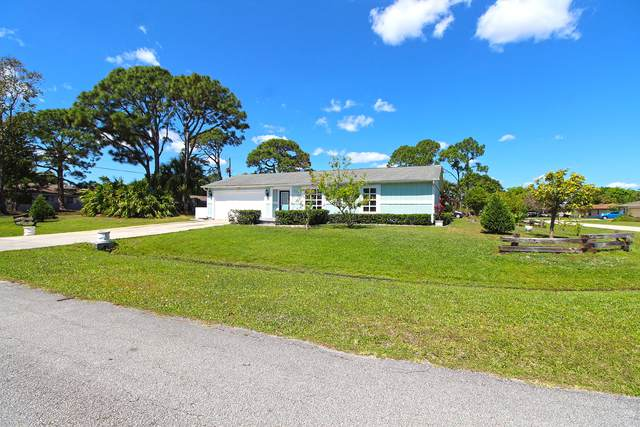 2631 SE Osage Avenue, Port Saint Lucie, FL 34952 (#RX-10614418) :: Ryan Jennings Group