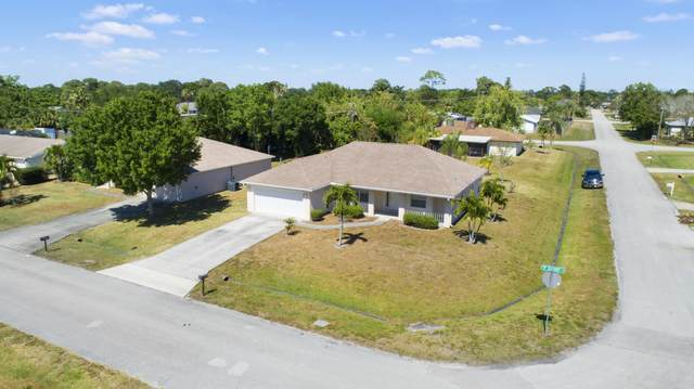 2297 SE Seafury Lane, Port Saint Lucie, FL 34952 (#RX-10614507) :: The Reynolds Team/ONE Sotheby's International Realty
