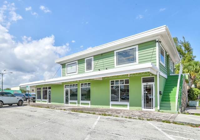 817 SE 9th Street, Deerfield Beach, FL 33441 (MLS #RX-10614697) :: The Jack Coden Group