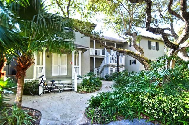 1215 E Winding Oaks Circle #403, Vero Beach, FL 32963 (#RX-10614800) :: Ryan Jennings Group
