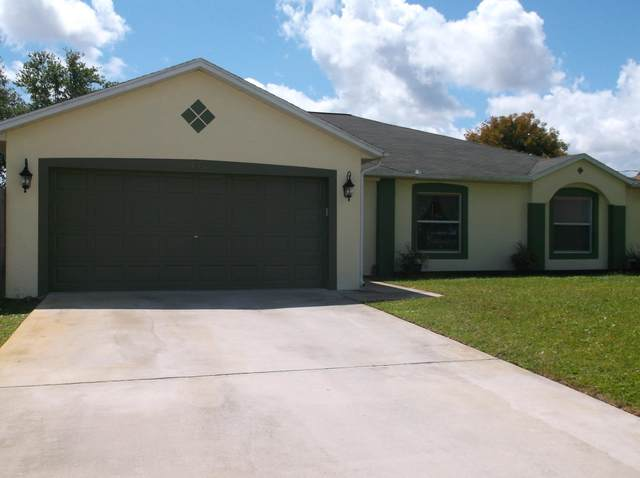 940 SW Jeremko Avenue, Port Saint Lucie, FL 34953 (#RX-10614915) :: Real Estate Authority