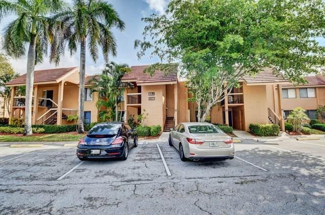 11196 Green Lake Drive #202, Boynton Beach, FL 33437 (#RX-10616873) :: Ryan Jennings Group