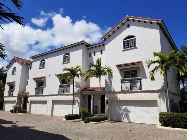 1950 Presidential Way #4, West Palm Beach, FL 33401 (#RX-10617567) :: Ryan Jennings Group