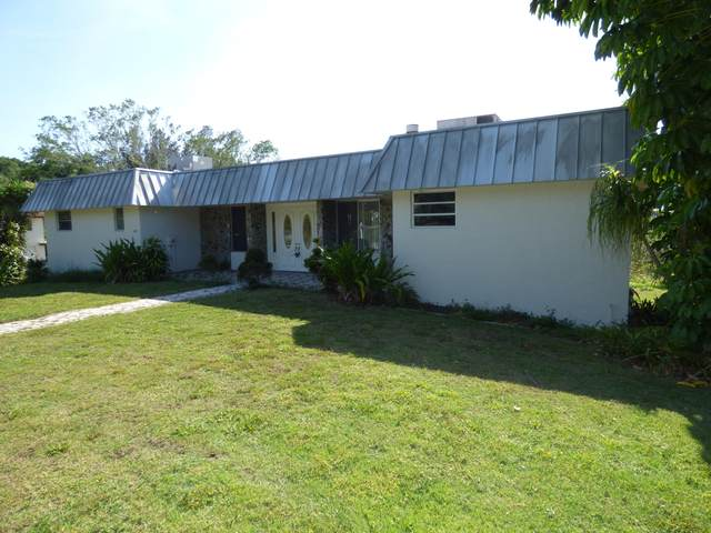 6555 Shangri La Lane, Lake Worth, FL 33462 (#RX-10617697) :: Ryan Jennings Group