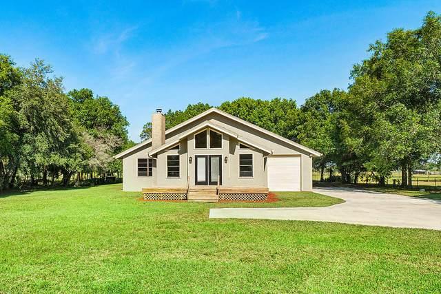 2568 NW 63rd Terrace, Okeechobee, FL 34972 (#RX-10618909) :: Ryan Jennings Group