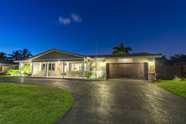 5941 SW 17th Court, Plantation, FL 33317 (#RX-10619359) :: Ryan Jennings Group