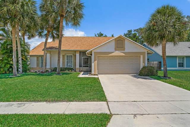 9947 Cross Pine Court, Lake Worth, FL 33467 (#RX-10619366) :: Ryan Jennings Group