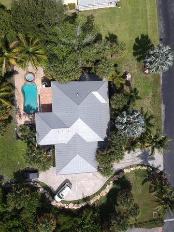 1198 NE Bayside Place, Jensen Beach, FL 34957 (#RX-10619957) :: Ryan Jennings Group