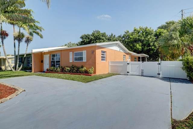1 Robalo Court, North Palm Beach, FL 33408 (#RX-10620611) :: Ryan Jennings Group