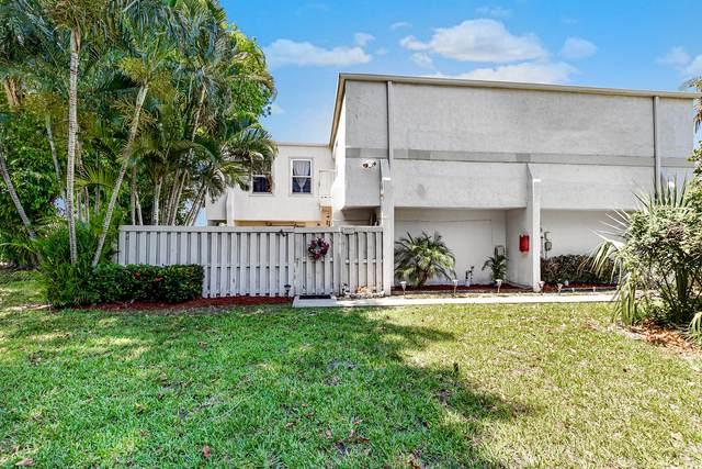 12065 Regal Court W, Wellington, FL 33414 (#RX-10621289) :: Ryan Jennings Group