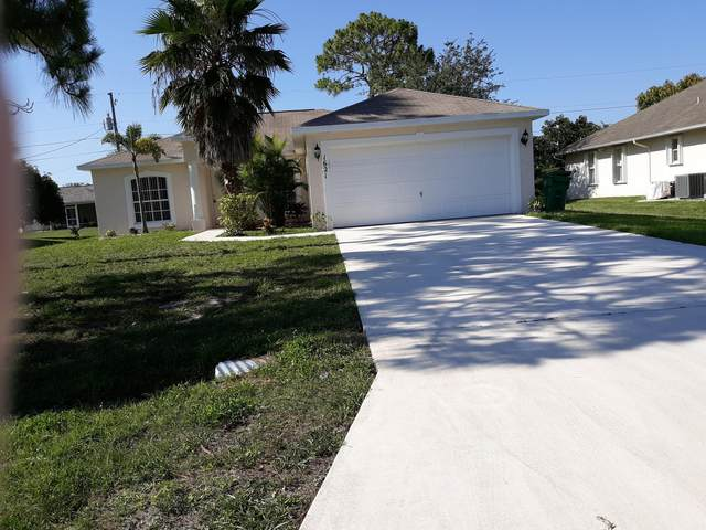 1621 SW Boykin, Port Saint Lucie, FL 34953 (#RX-10621514) :: Ryan Jennings Group