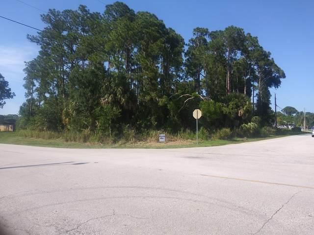 1211 SE Sandia Drive, Port Saint Lucie, FL 34983 (#RX-10621569) :: The Reynolds Team/ONE Sotheby's International Realty