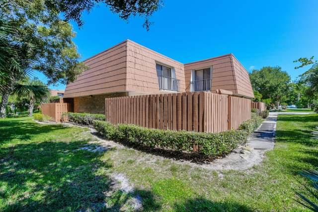 5894 SE Riverboat Drive, Stuart, FL 34997 (MLS #RX-10621626) :: The Paiz Group
