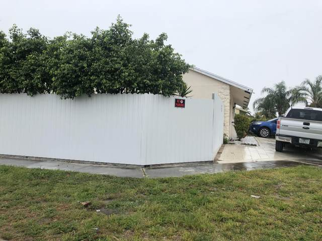 5732 Ellis Hollow Road E, Lake Worth, FL 33463 (#RX-10621647) :: Ryan Jennings Group